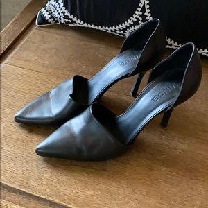 Black Vince high heel